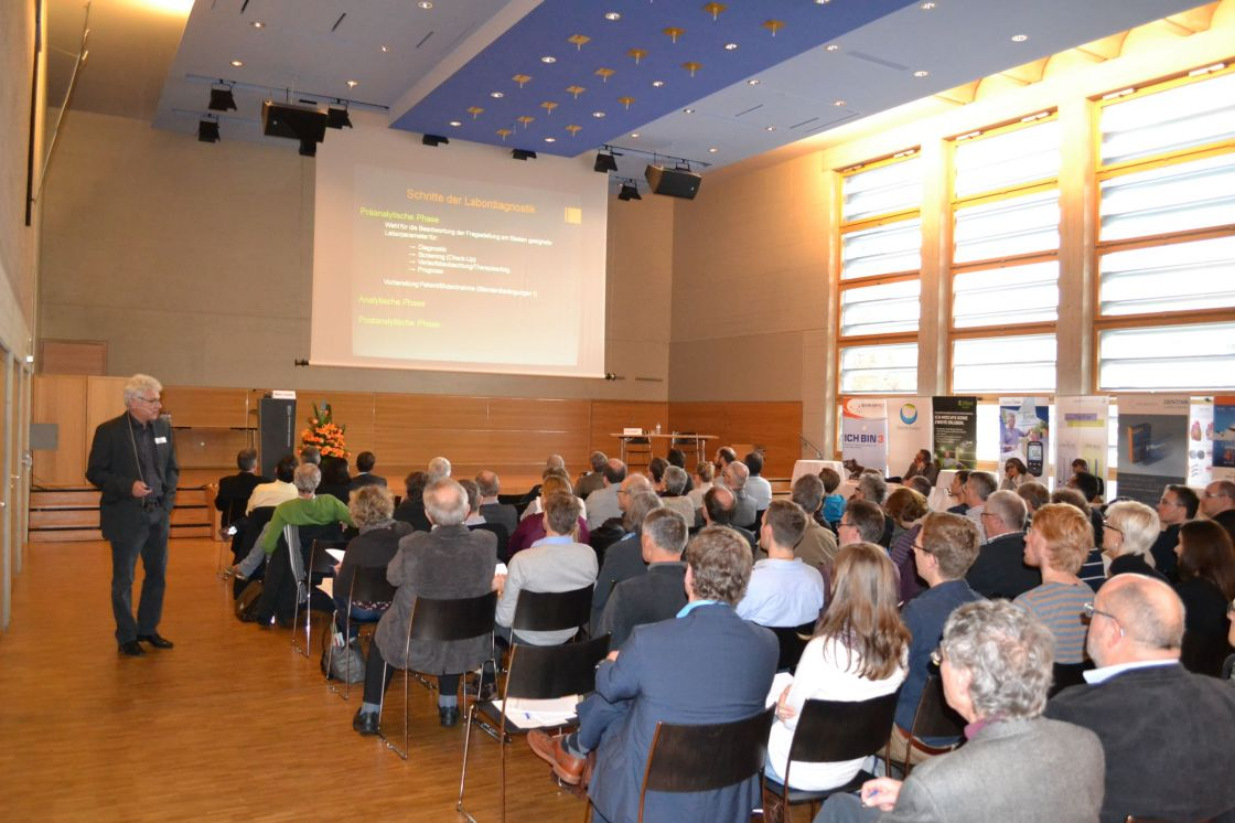Referat im Plenum am Wiler Symposium